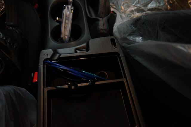 USB×2 AUX×1 アクセラ BM