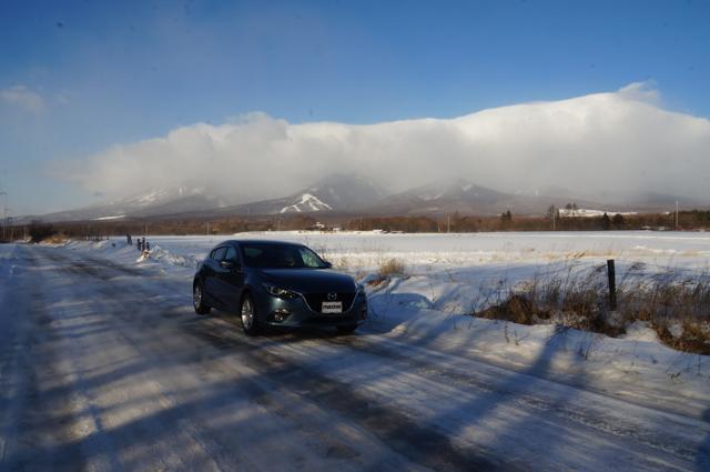 BM アクセラ MTと圧雪路