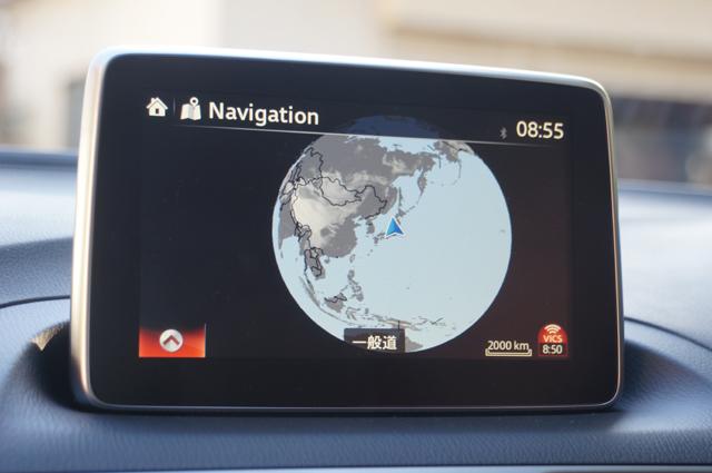 BM アクセラ マツダコネクト ナビ画面、地球サイズまで行けます