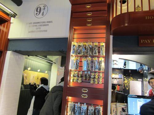 03 2013 ロンド ハリー・ポッターのお店