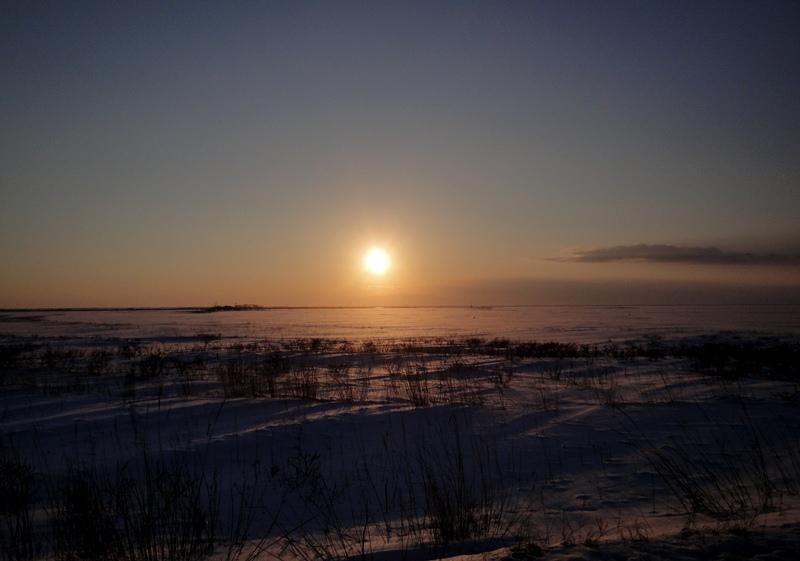 野付の夕日130214