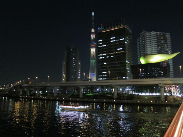 東京スカイツリー・ライトアップ28〔フリー写真〕
