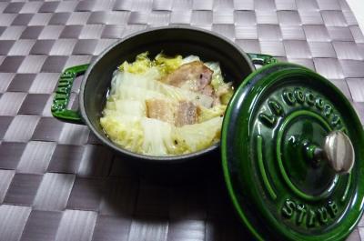 白菜とベーコンのスープに