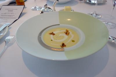 オテルド  トウモロコシのスープ