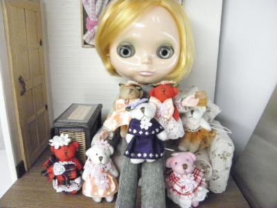 007_convert_20120921144712熊人形