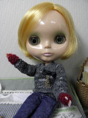 004_convert_20121207223004手袋