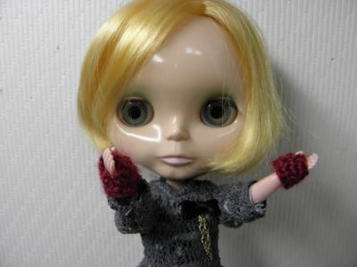 008_convert_20121207223115手袋2
