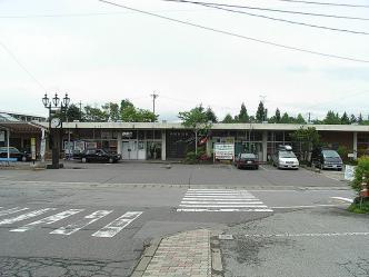 800px-Naka-Karuizawa_sta.jpg