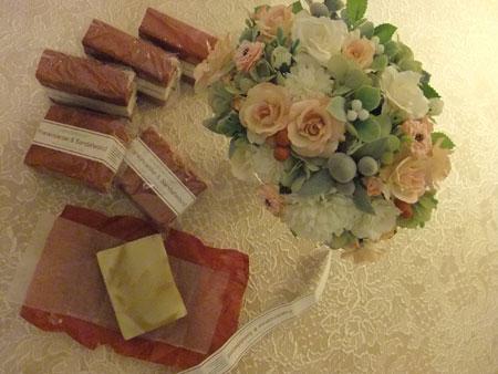 お花と石鹸たち