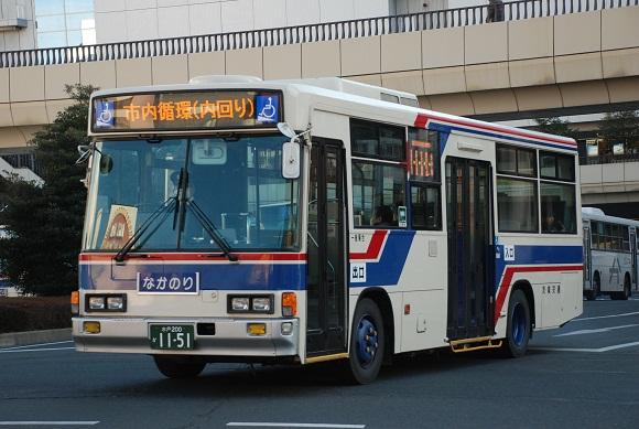 bus127.jpg