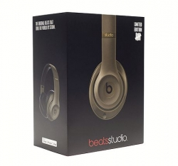 UNDEFEATED X BEATS BY DRE ヘッドフォン