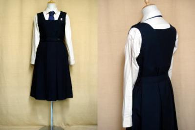 清泉女学院中学高等学校の制服