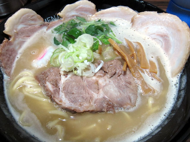 鶏煮込みチャーシュー1