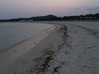 西原のビーチ