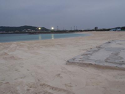 西原のキラキラビーチ01