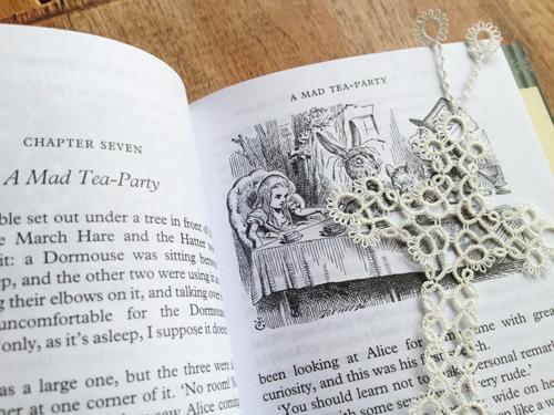 lace_bookmark1.jpg