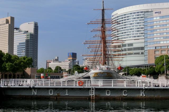 第一号ドックの帆船日本丸
