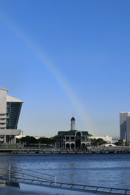 ぷかり桟橋にかかる虹
