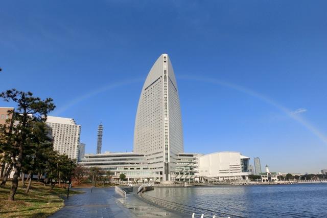 横浜インターコンチネンタルホテルと虹