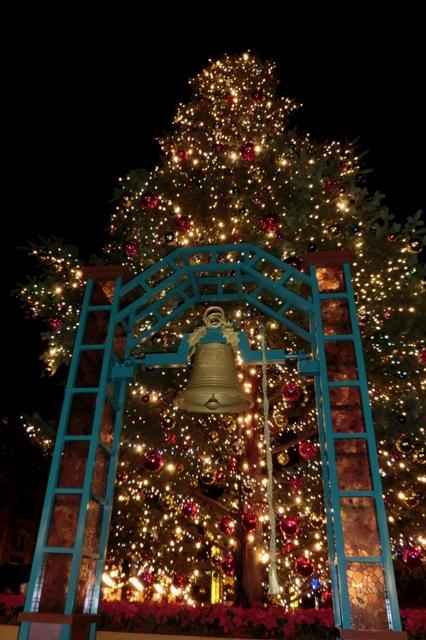イッテQ!の鐘とクリスマスツリー