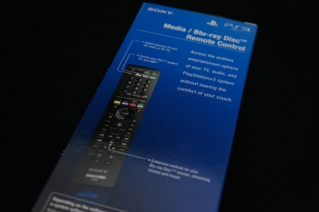 PS3_BD_remote_control_CECH-ZRC1J_003.jpg