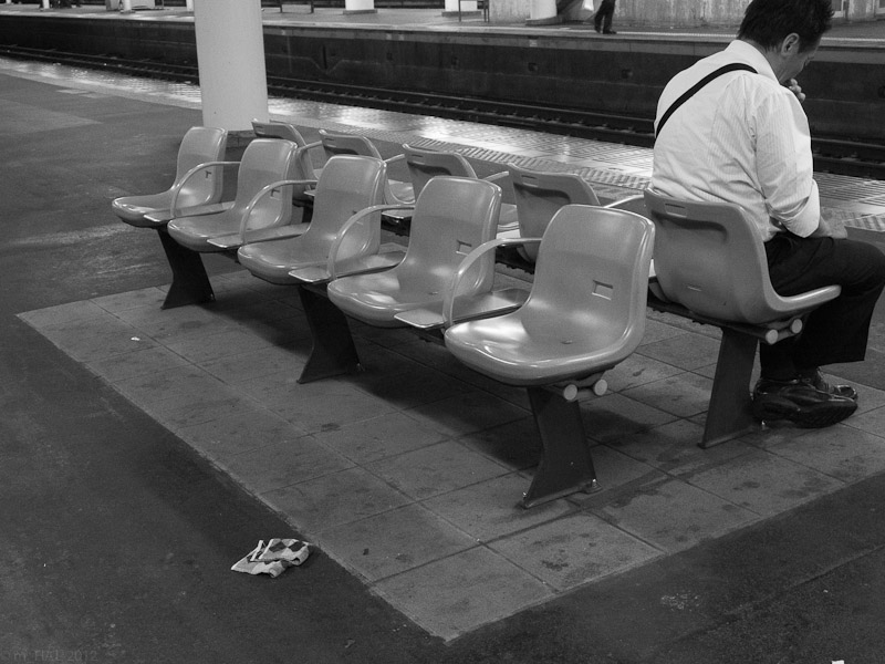 20120723_bench-4.jpg