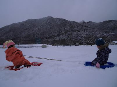 この冬初の雪遊び(2012年12月)