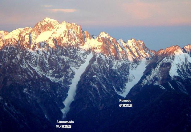 剣岳の東斜面の氷河