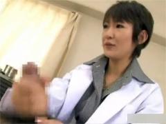 女医の手コキとマンコで早漏改善トレーニング。早漏女性にはマシンバイブ療法。