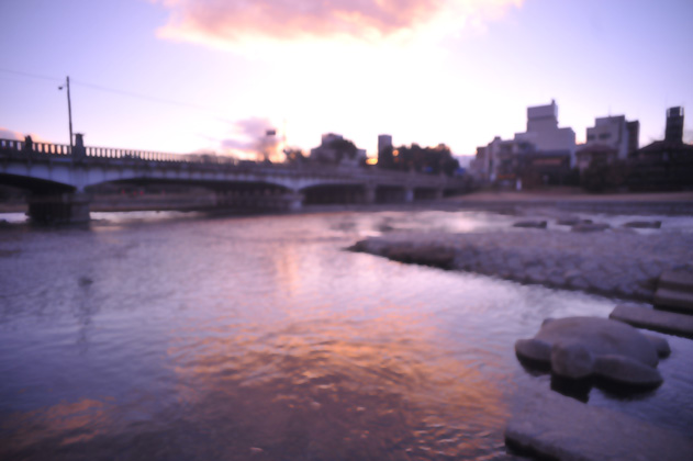 夕空と川面