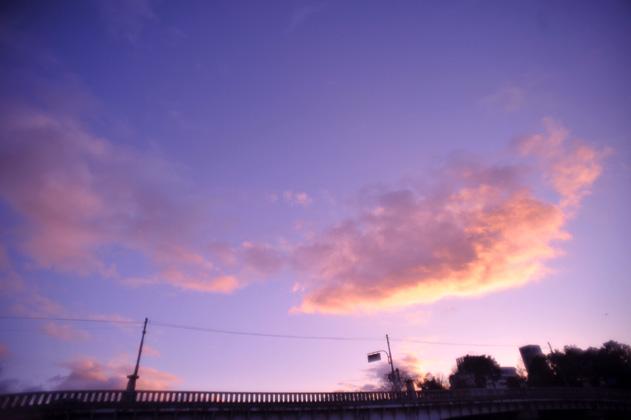 橋上の夕雲