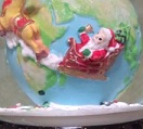 地球とサンタアップ