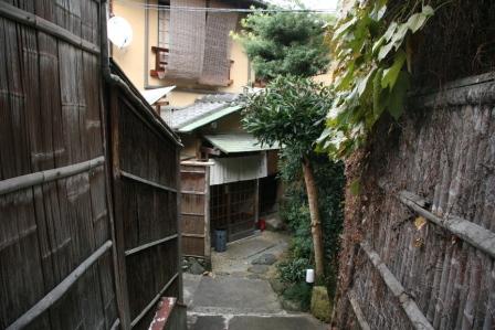 清水山荘_H24.11.10撮影