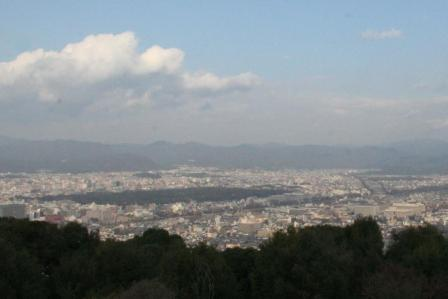 将軍塚大日堂西展望台から_H24.12.08撮影