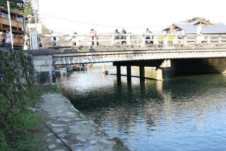 渡月小橋川下南岸から H24.12.09撮影