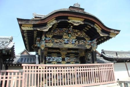 西本願寺唐門外側から H25.03.17撮影