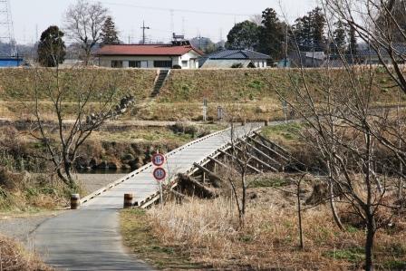 島田橋_東松山市側より_H25.03.02撮影