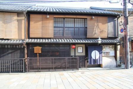 祇園の朝_H25.03.16撮影