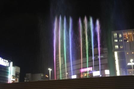 京都駅ポルタの音楽噴水_H25.06.15撮影