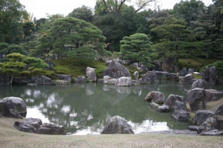 二条城 二の丸御殿大広間からの庭園
