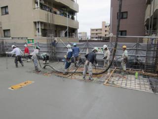 4階床コンクリート打設