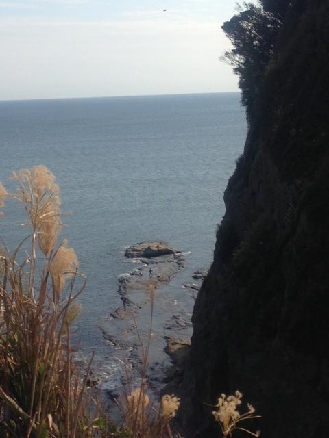 江ノ島の海原