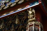 天門の装飾
