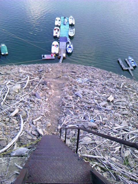 船までのはしごの状況