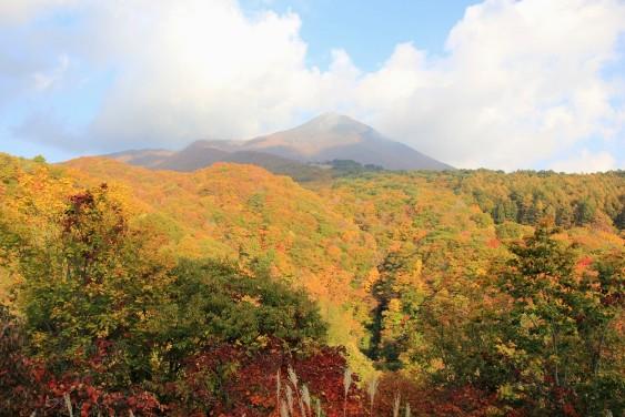 滑滝展望台からの磐梯山