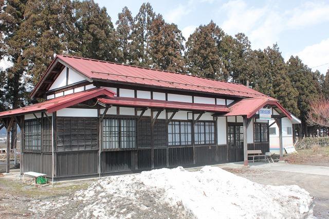 9羽前成田駅