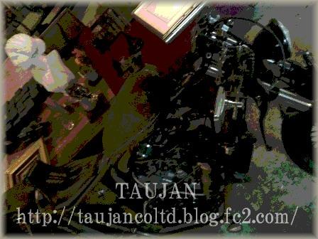 TAUJAN Gallery 改装中 内装2
