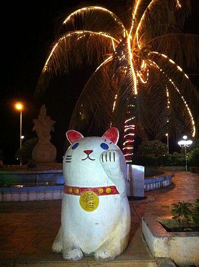 400px-Có_thể_hiểu_là_Mèo_vẫy_gọi_welcome_catmanekineko