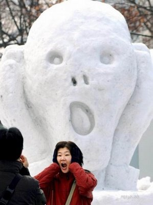funny-ice-sculptures-scary.jpeg