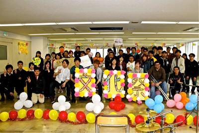 秋田錦町ビル5月プレ文化祭(集合写真)